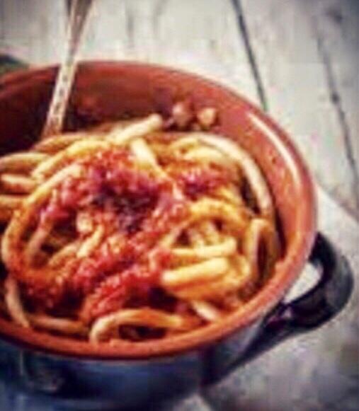 Pane, amore e chiacchiere di Palio: i pici all'aglione