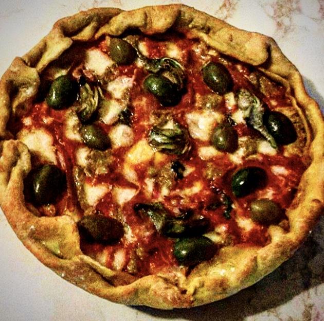 Ricetta Impasto Pizza Toscana.Pane Amore E Chiacchiere Di Palio Pizza Toscana Con L Impasto Della Pasta All Uovo La Voce Delpalio