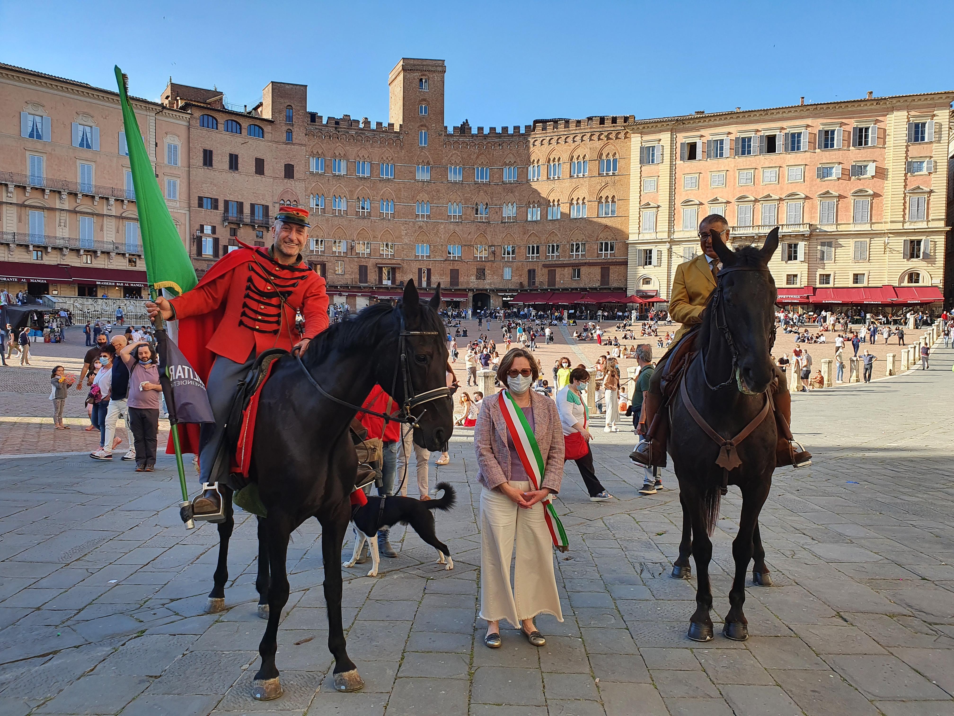 Domenica la Staffetta Garibaldina ha fatto tappa a Siena