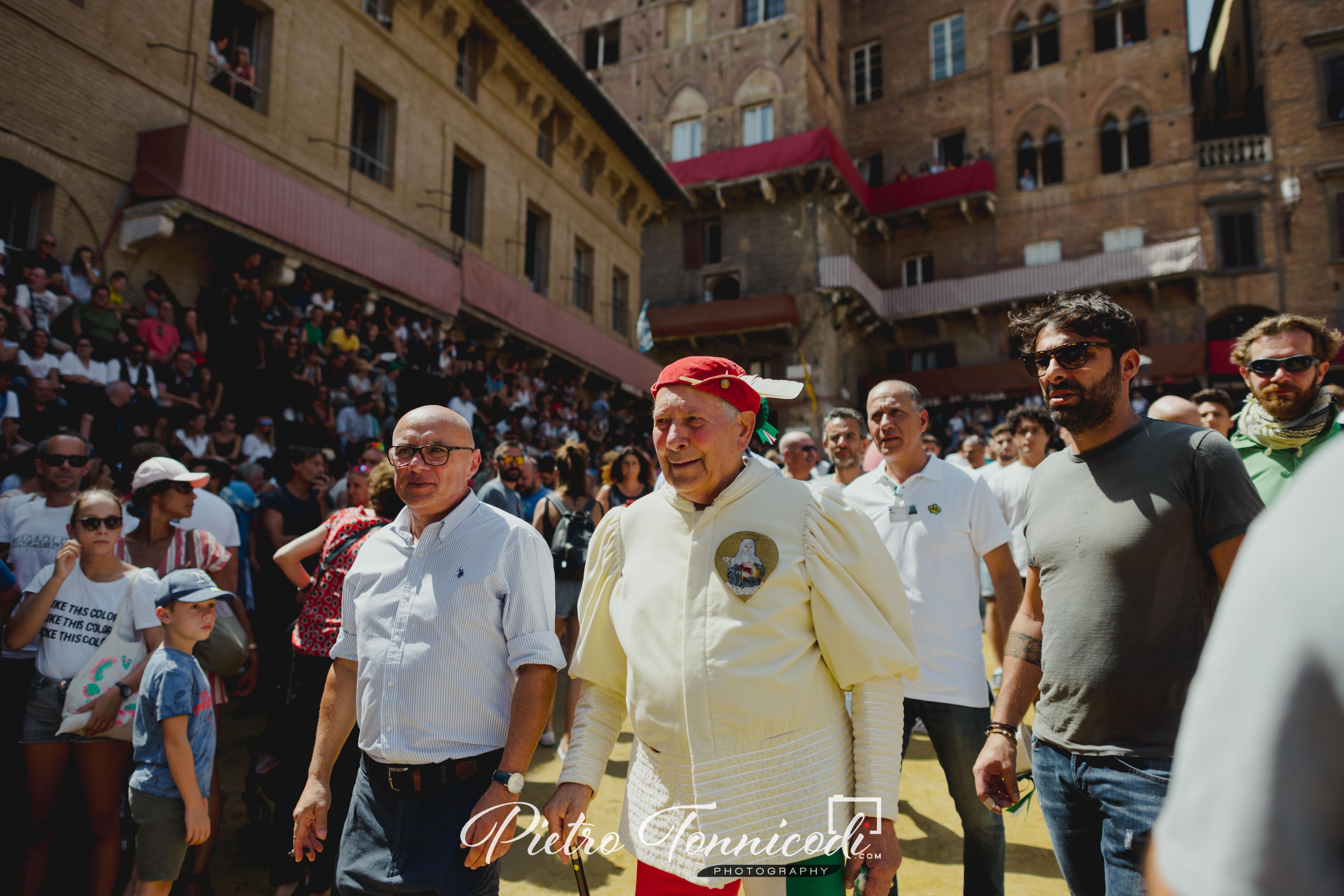 Mondo del Palio in lutto: scomparso Enrico Brandani detto Bobo
